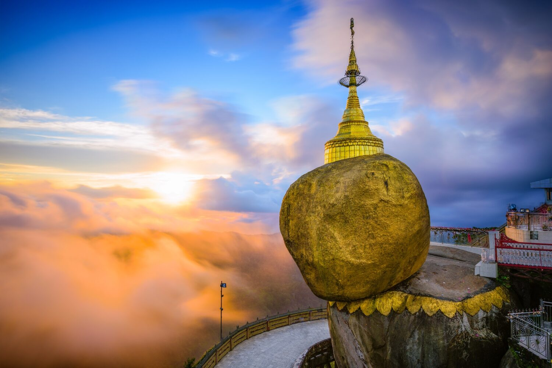 myanmar tourist